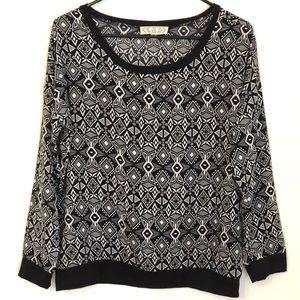 Black & White Geometric Print Long Sleeve Top